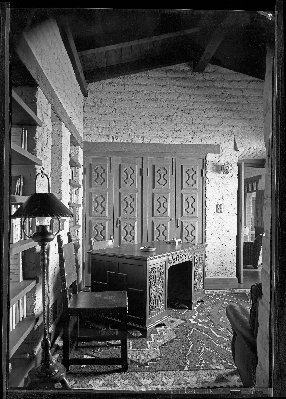 Study in author Walt Coburn's house in Tucson, Arizona